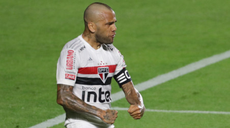 Dani Alves goal gives Sao Paulo three points | The Business Standard