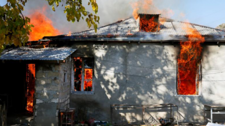 Armenians set fire to homes before handing village over to Azerbaijan | The  Business Standard